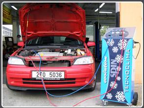 Klimatizace automobilu